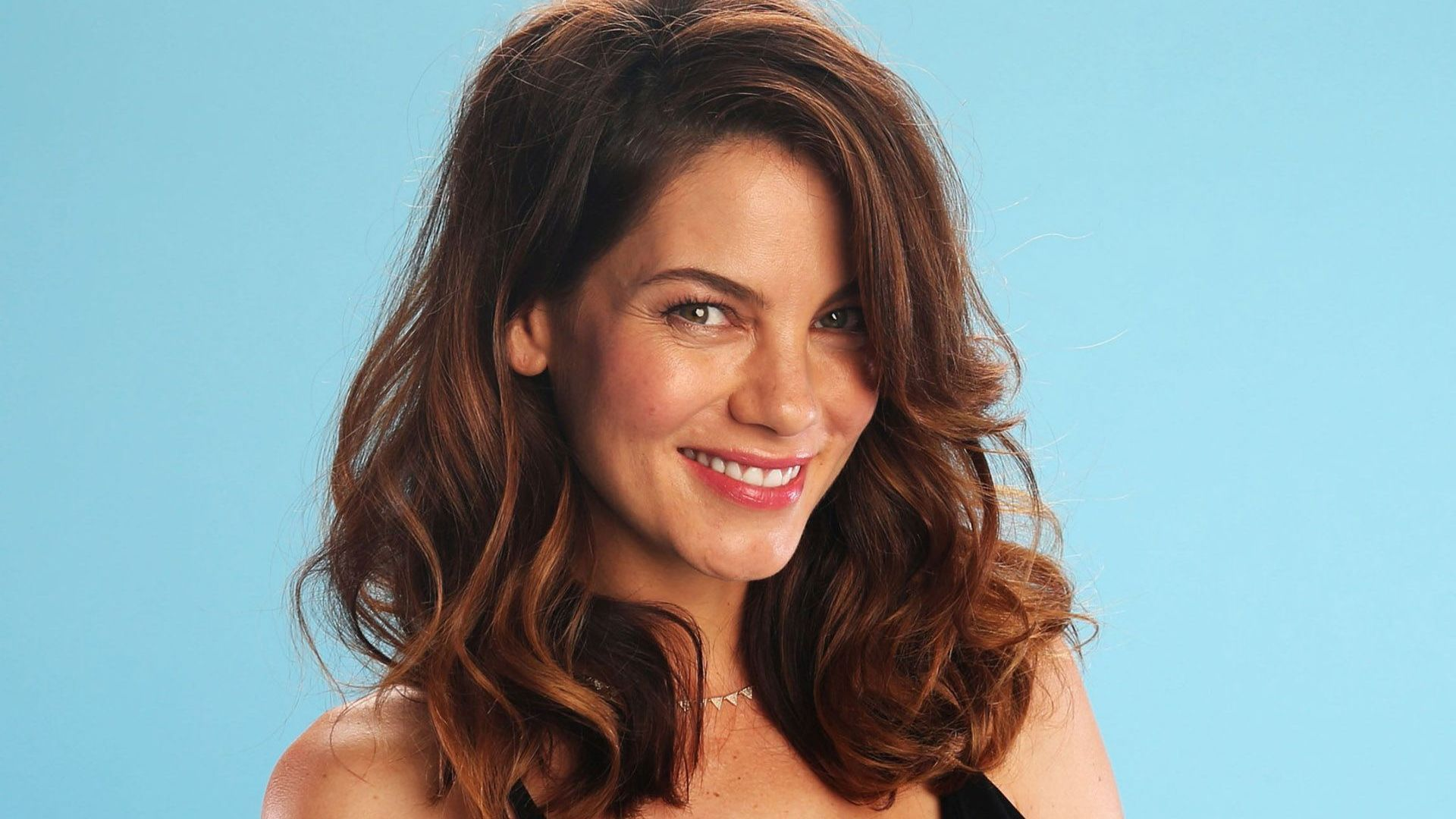michelle monaghan celebrity smile wallpaper 53590