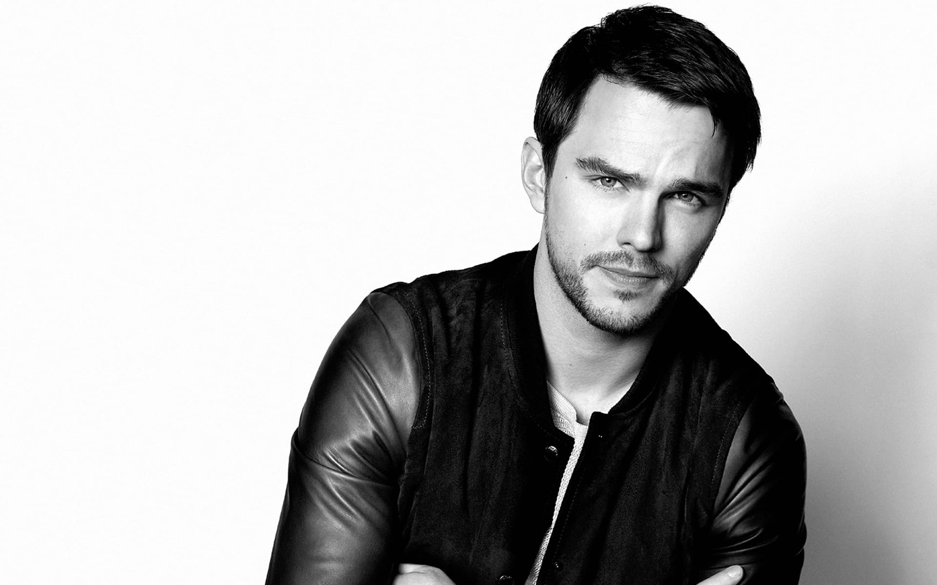 monochrome nicholas hoult wallpaper 55789