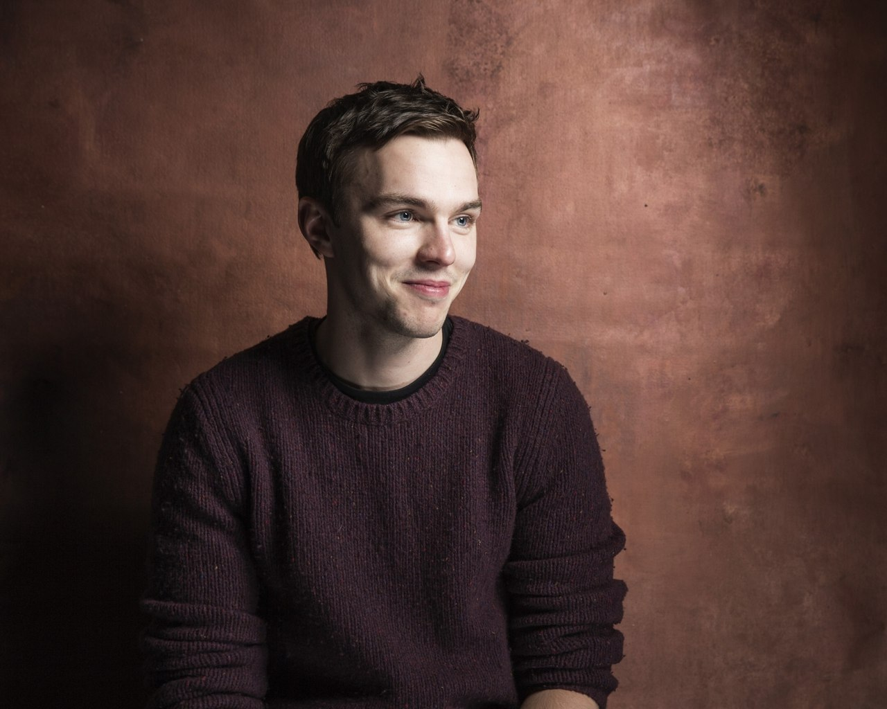 nicholas hoult mobile wallpaper 55788