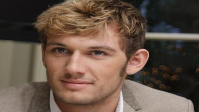 Alex Pettyfer Actor Wallpaper Photos 53789
