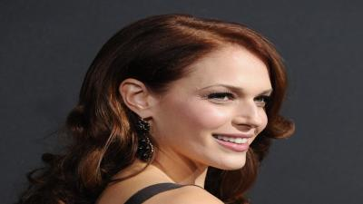 Amanda Righetti Smile Wallpaper 57295