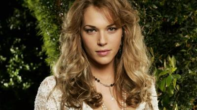 Amanda Righetti Widescreen Wallpaper 57292