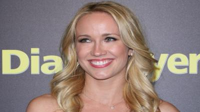 Anna Camp Celebrity Smile Wallpaper 57180