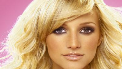 Ashlee Simpson Face Wallpaper 52817