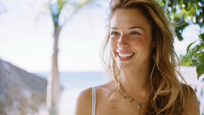 Beautiful Amanda Righetti Wallpaper 57307