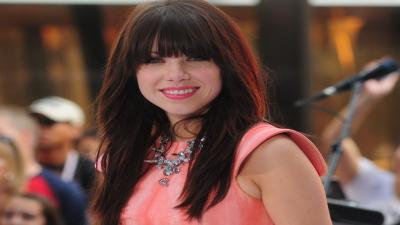 Carly Rae Jepsen Smile Wallpaper Pictures 52560