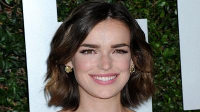 Elizabeth Henstridge Smile Wallpaper 57212