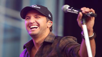 Luke Bryan Performing Wallpaper 53663