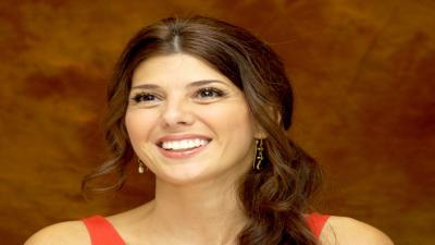 Marisa Tomei Smile Wallpaper Background HD 57407