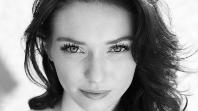 Monochrome Eleanor Tomlinson Face Wallpaper 55823