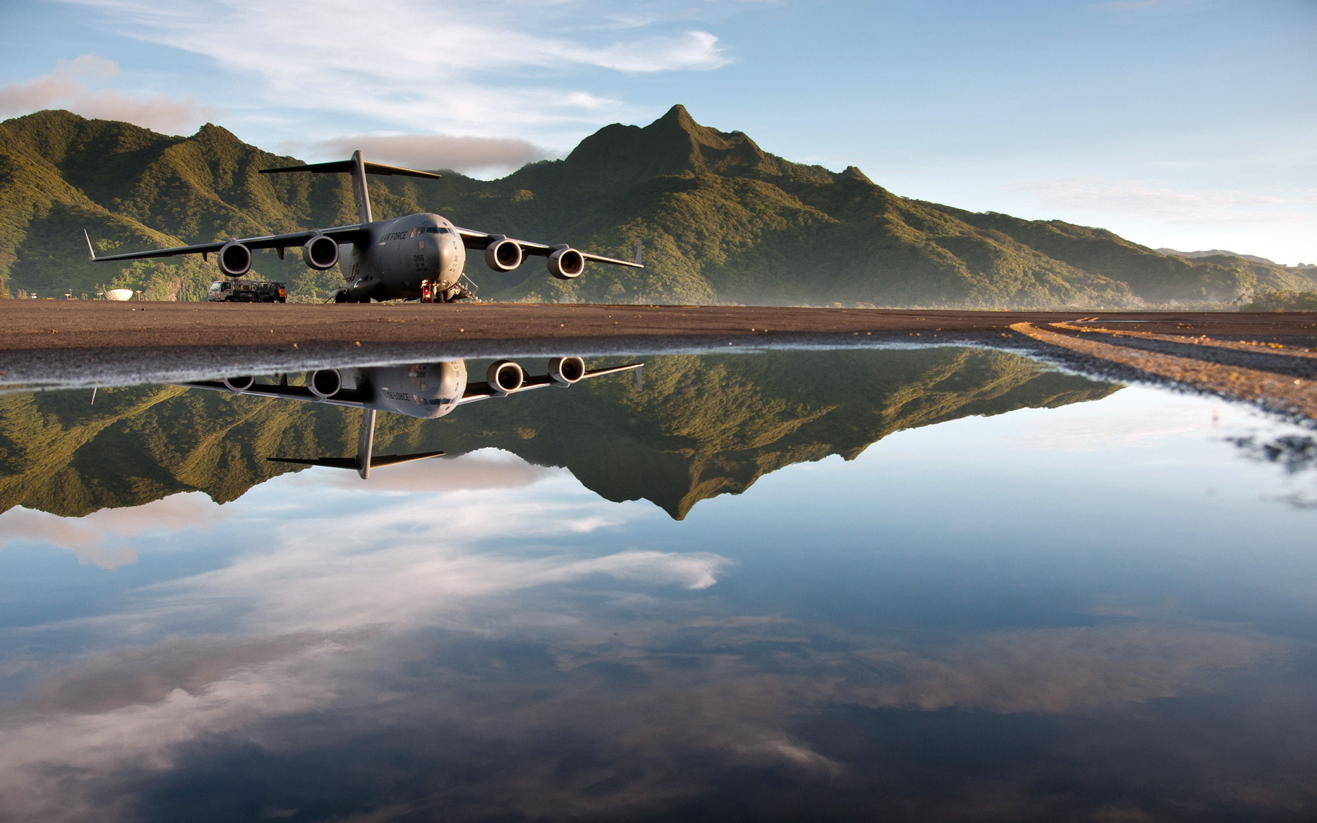 c17 aircraft desktop hd wallpaper 53400