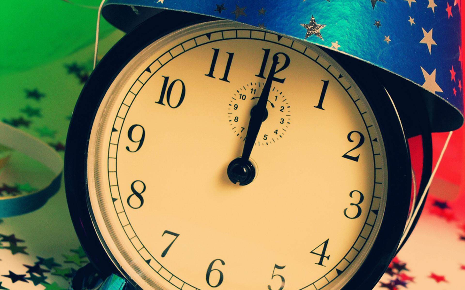 clock desktop wallpaper 49497