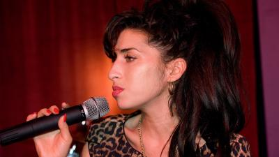 Amy Winehouse Desktop Wallpaper 52986