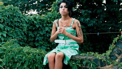 Amy Winehouse Widescreen Wallpaper 52992