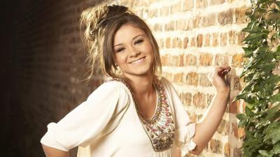 Brooke Vincent Smile Wallpaper 58645