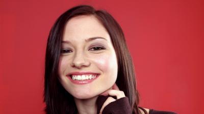 Chyler Leigh Smile Wallpaper 58433