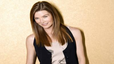 Ellen Pompeo Smile Wallpaper 58415