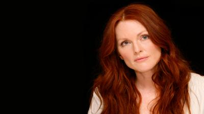 Julianne Moore Widescreen Wallpaper 56859