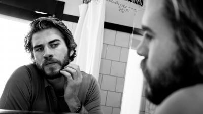 Monochrome Liam Hemsworth Widescreen Wallpaper 51565