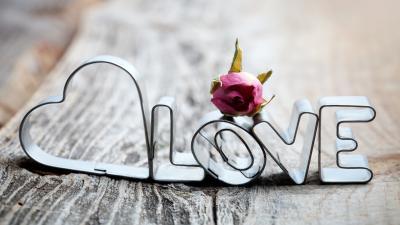 Rustic Love Sign Wallpaper 52994