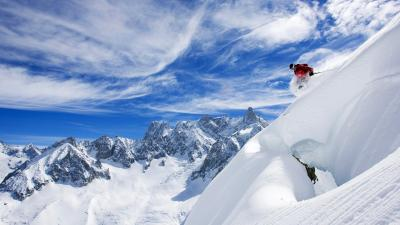 Skiing Desktop HD Wallpaper 53321