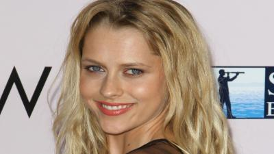 Teresa Palmer Smile Wallpaper Images 53340