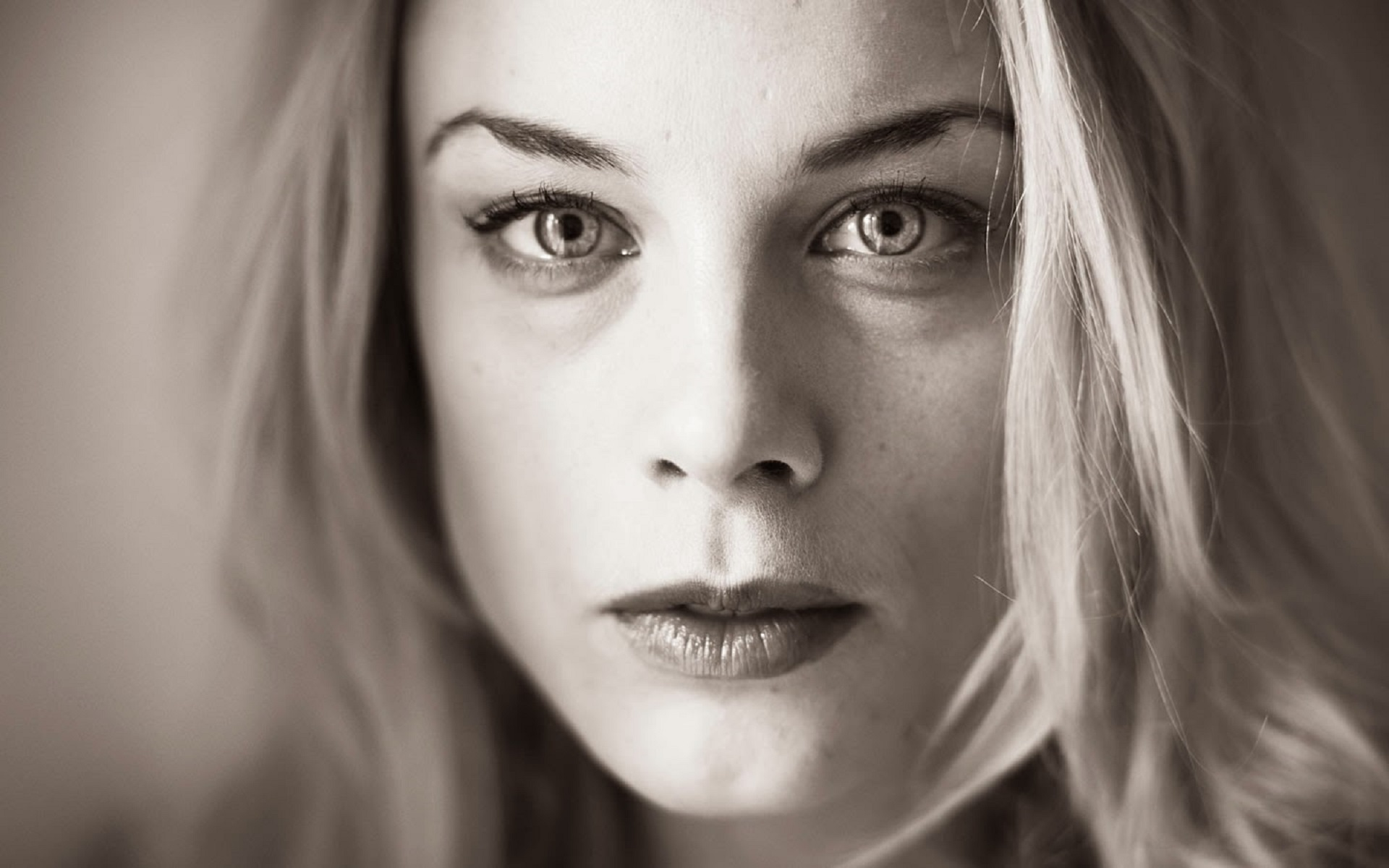 Ida Engvoll Face Wallpaper 60885 1920x1200px