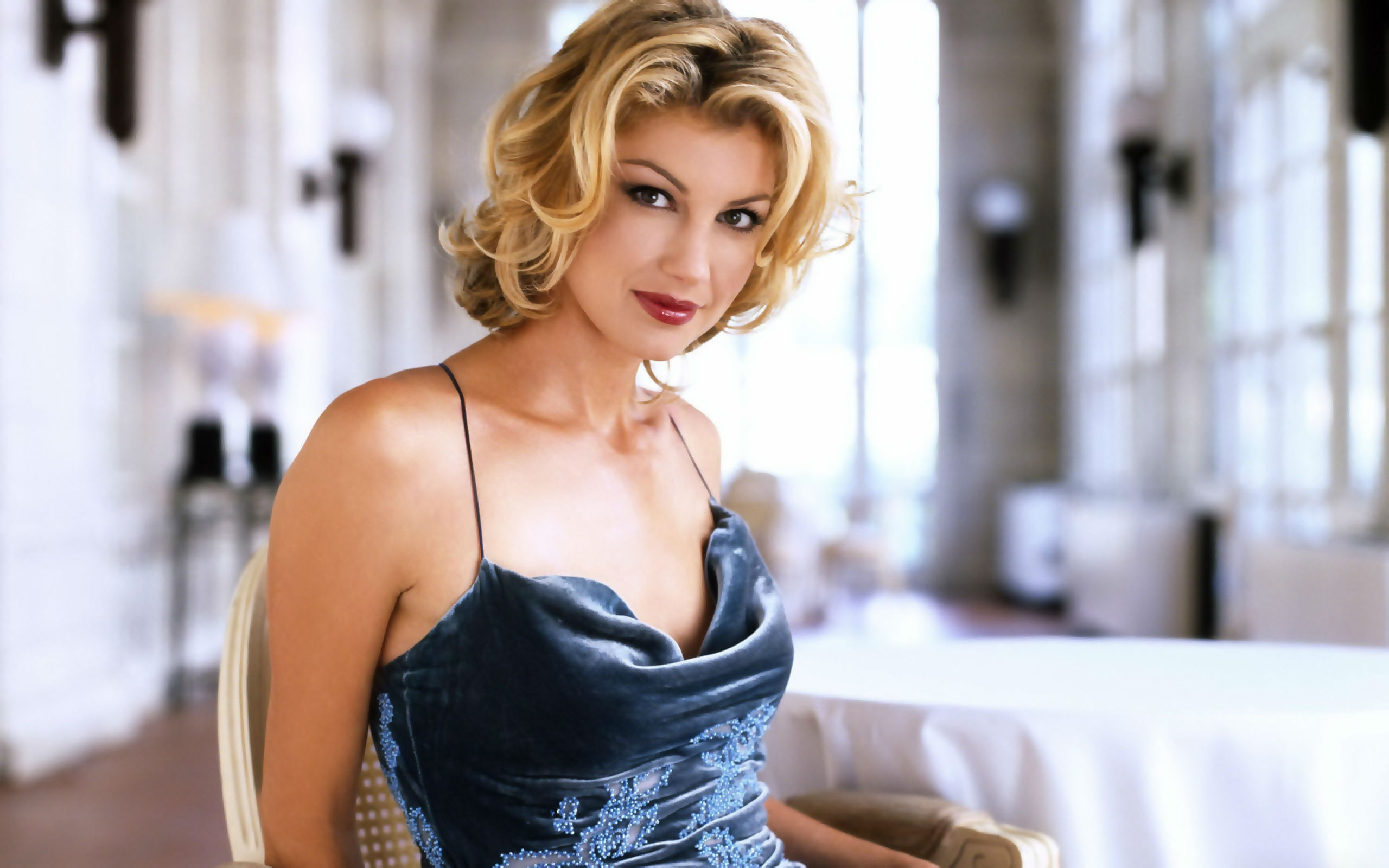 sexy faith hill wallpaper background 59966