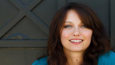 Deanna Russo Smile Wallpaper 61020