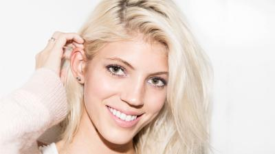 Devon Windsor Smile Wallpaper 59898