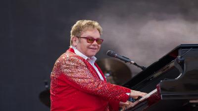 Elton John Performing Wallpaper 60603