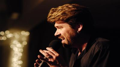 George Michael Performing Wallpaper 61642