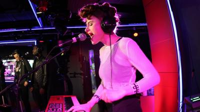 Kiesza Performing HD Wallpaper 59694