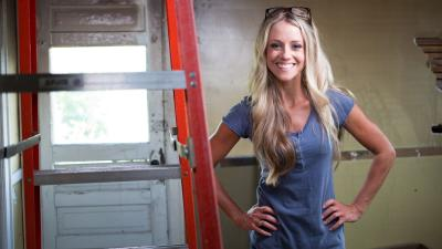 Nicole Curtis Smile Wallpaper 61040