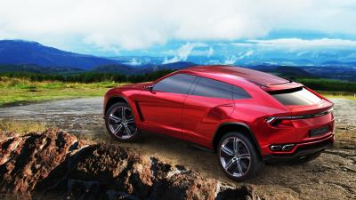 Red Lamborghini Urus Wide Wallpaper 62275