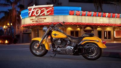 Yellow Harley Davidson Bike Wallpaper Background 60884