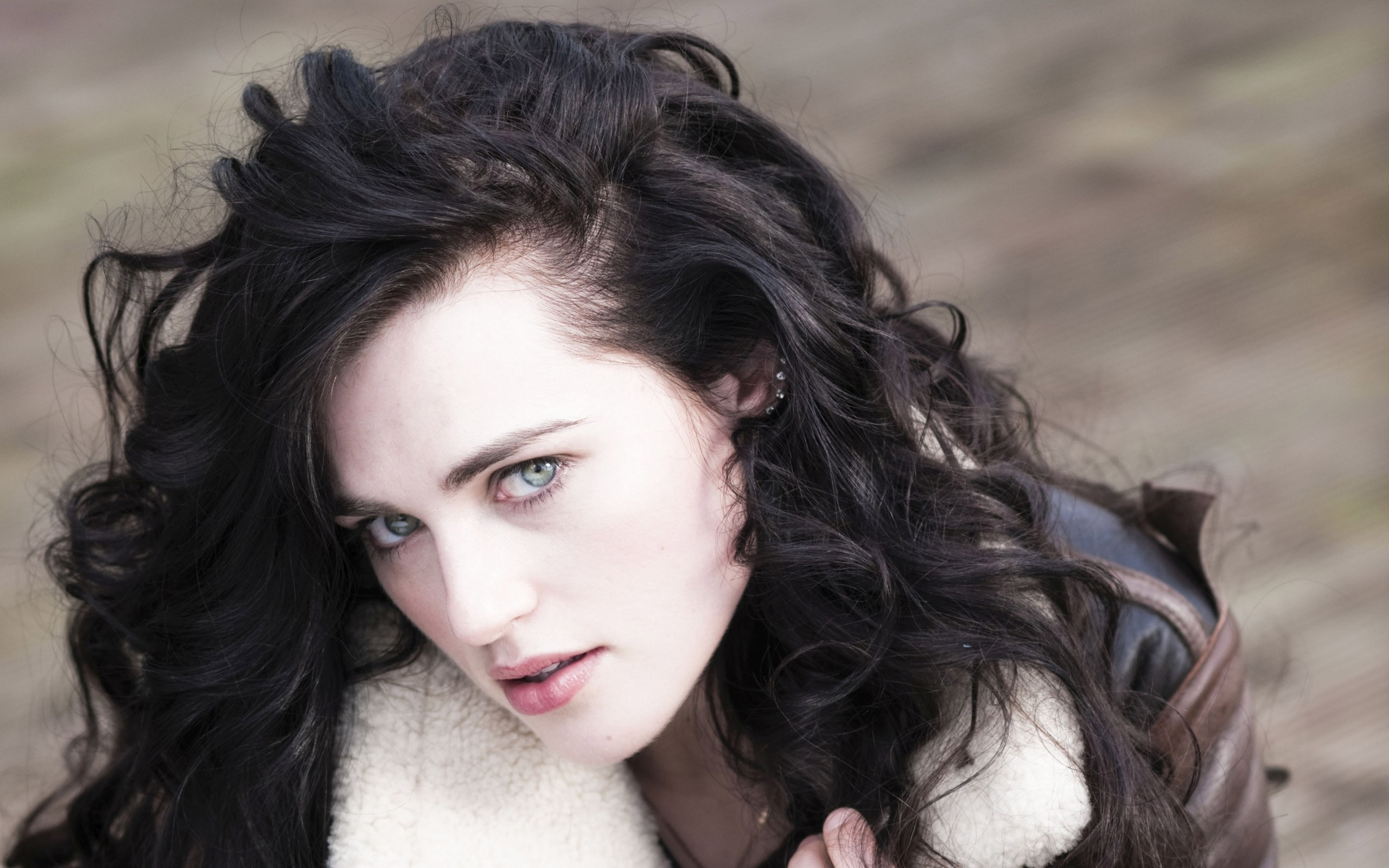katie mcgrath celebrity wallpaper background 60223