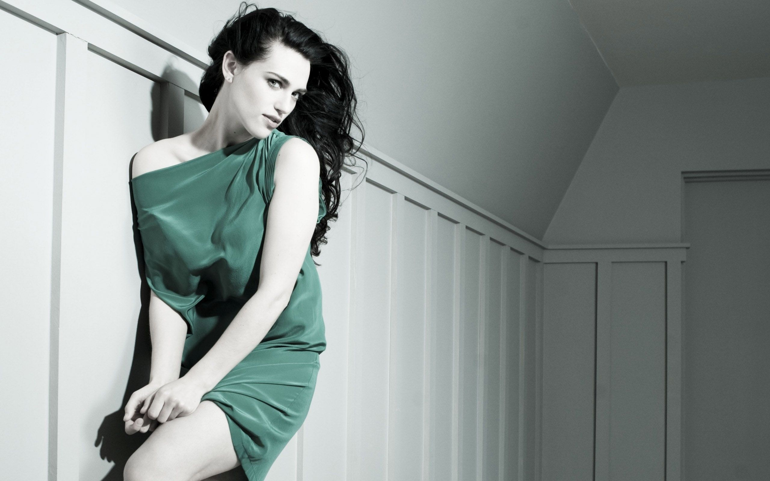 katie mcgrath wallpaper background 60225
