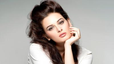 Evelyn Sharma Wallpaper 60206