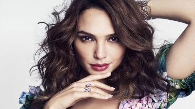 Gal Gadot Face Makeup Wallpaper Background 62098