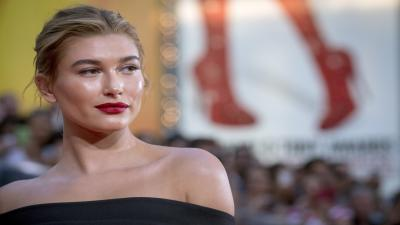 Hailey Baldwin Makeup Wallpaper 60082