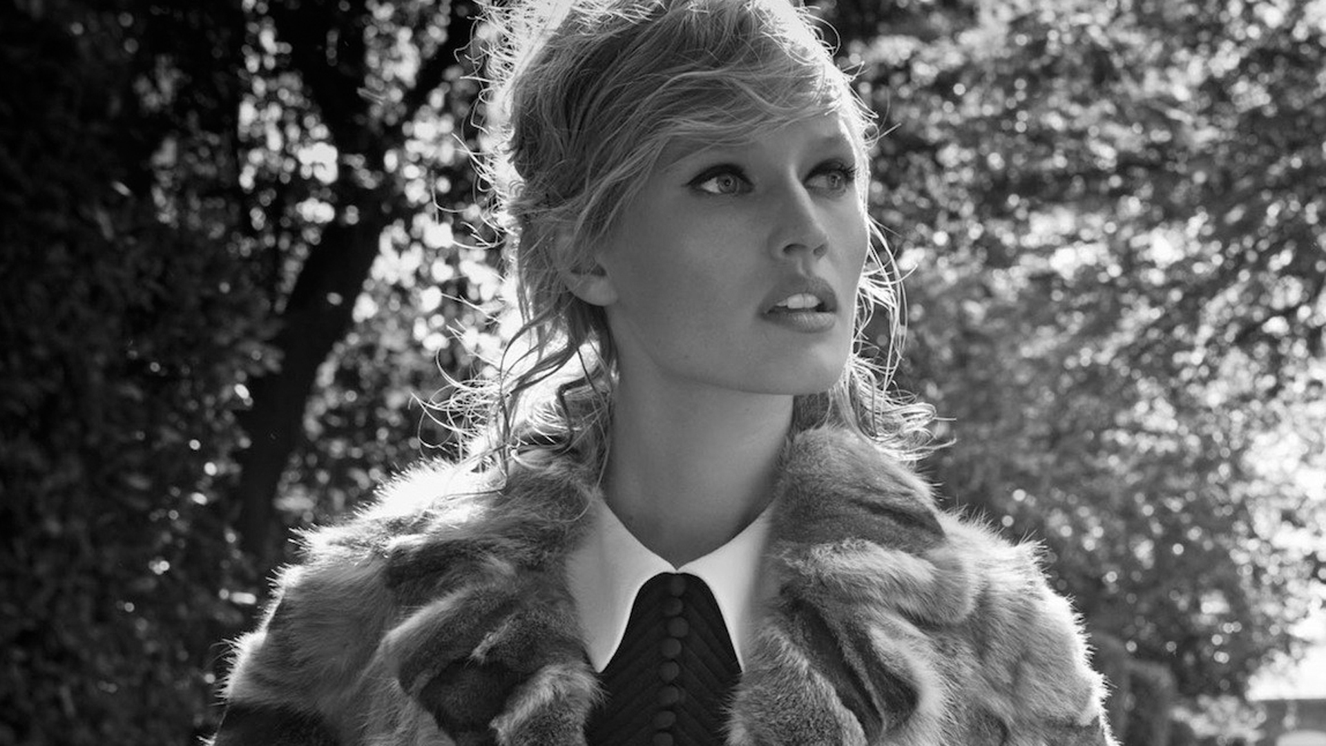 monochrome toni garrn wallpaper 60301