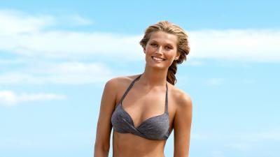 Happy Toni Garrn Wallpaper 60307