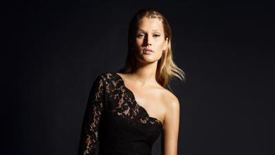Sexy Toni Garrn Wallpaper 60297