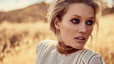 Toni Garrn Face Wallpaper 60306