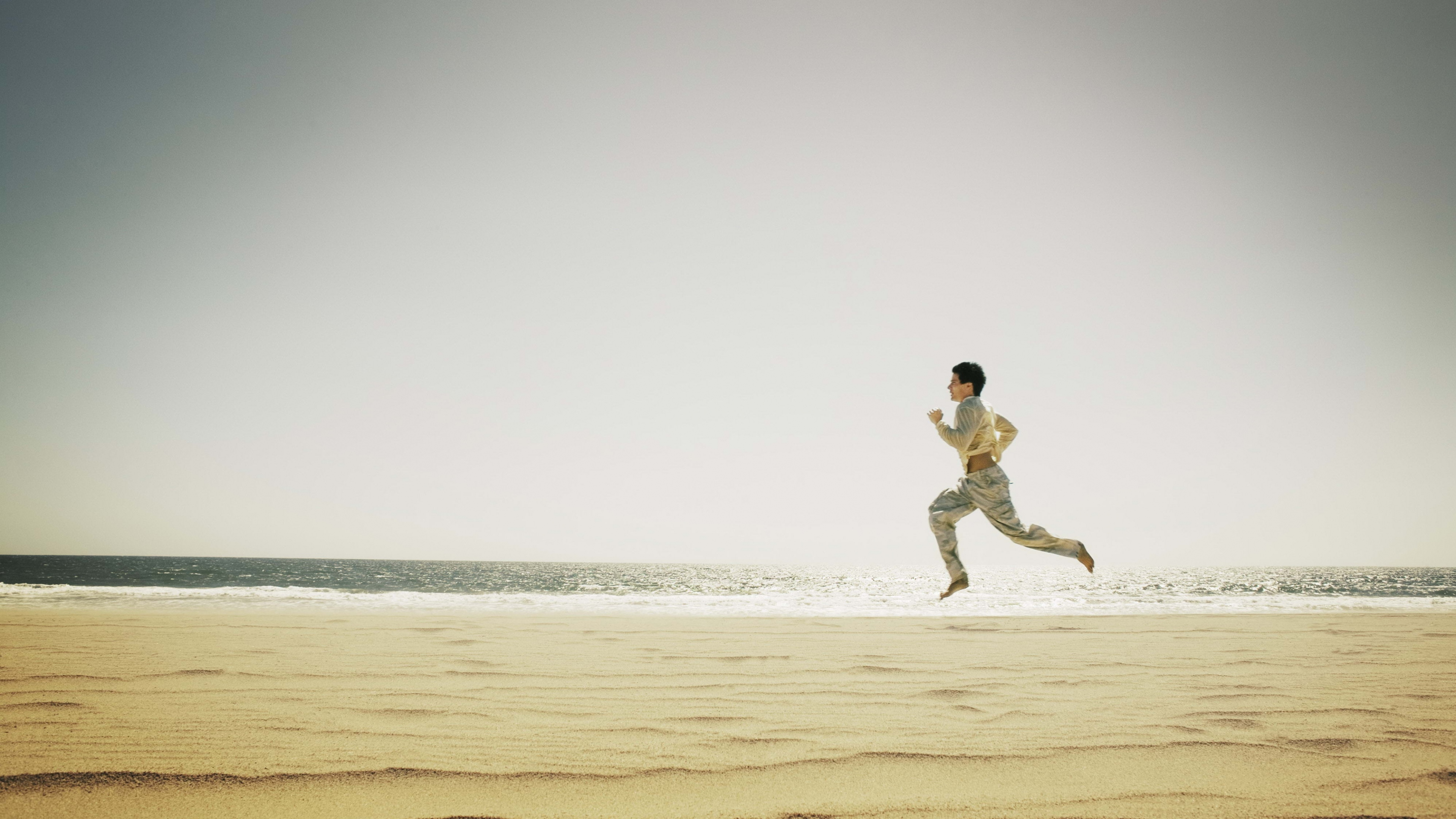 beach man running widescreen hd wallpaper 60569