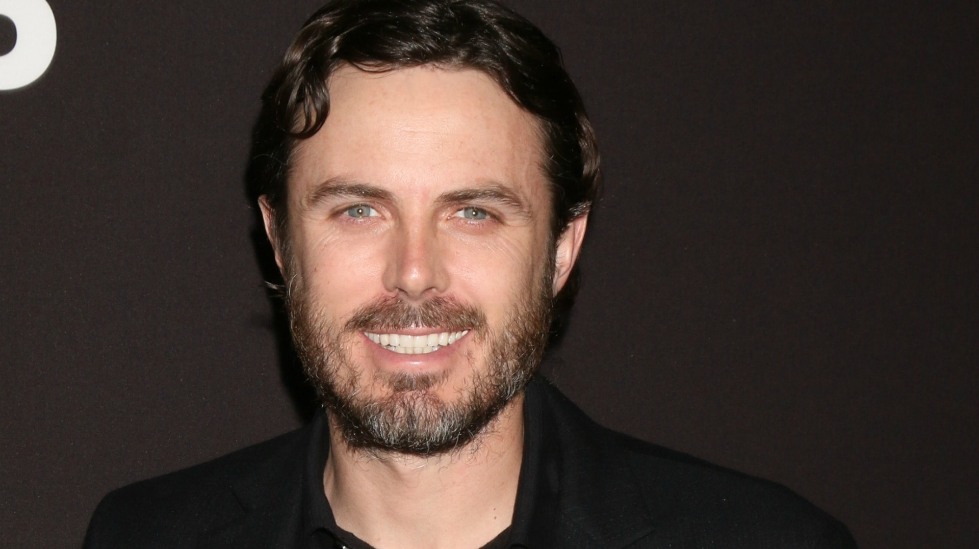 casey affleck smile wallpaper 59483