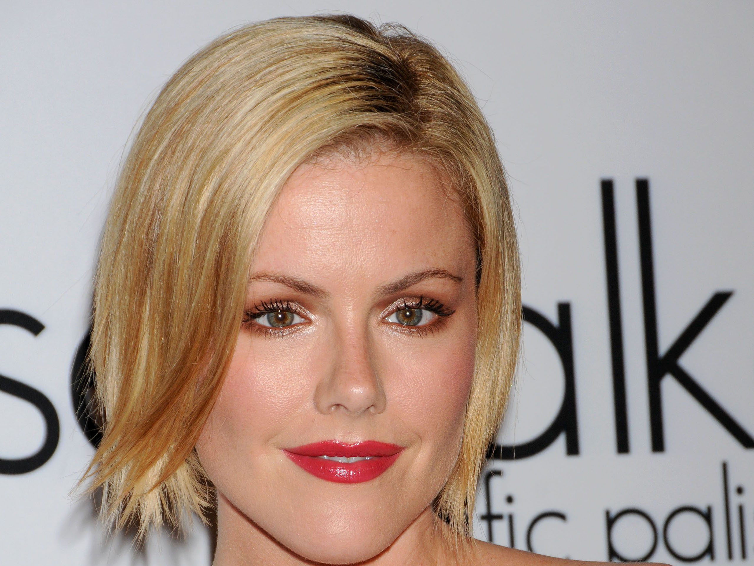 kathleen robertson short hair wallpaper 60651
