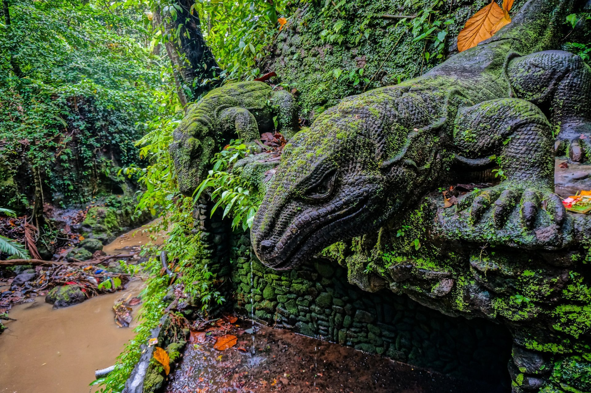 komodo dragon statues wallpaper 59773