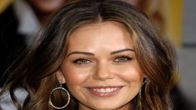 Alexis Dziena Smile Wallpaper 60661